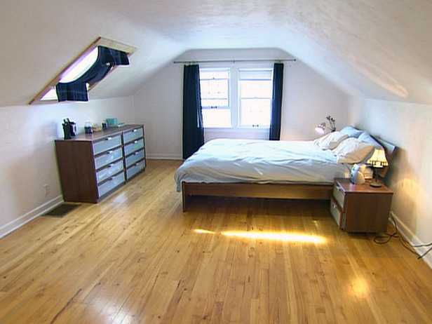 Home design attic bedroom designs attic bedroom designs for Bedroom layout design ideas