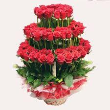 hermoso ramo de rosas lleva consigo 30 rosas rojas grandes en el centro del arreglo lleva un peluche valorizado en 40000 - Fotos De Rosas Rojas Grandes