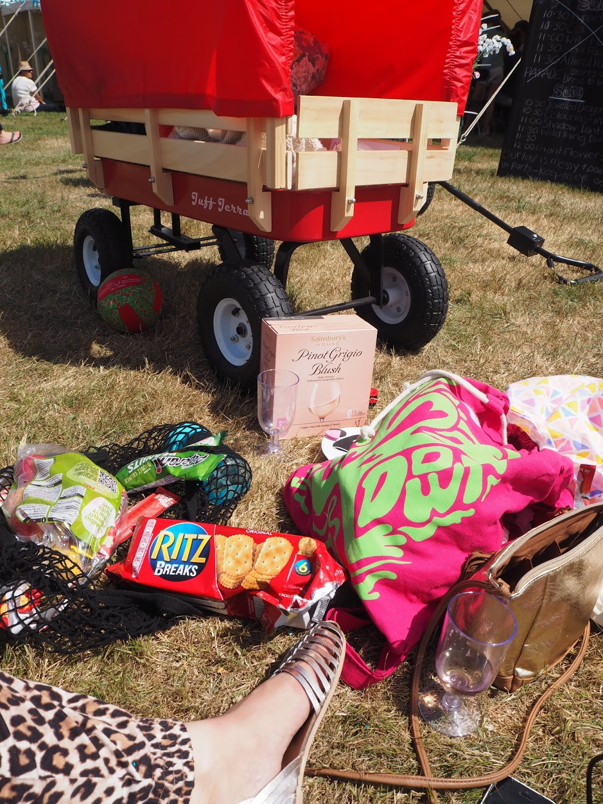 mamasVIB | V. I. BASH: An A-Z of our first Camp Bestival - Part Two | camp bestival | forest lulworth cattle | camp bestival review | festivals | family festival | camp bestiavl 2015 | festival | mamasVIb | ear defenders | what to pack for a festival | festival essentials | festival tips | a-z of festivals | get involved PR| weekend away | family weekend brummymummyof2 | youbbymemummy | the twinkle diaries | bloggers | weekend away | mothercare | clothes | fashion | kids style | festival fashion | festival fashion essentials | what to take to a festival | a-z | bonita turner
