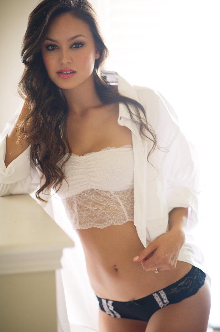 Foxy brunette Bethanie Badertscher showcasing her perfect body outdoor № 953426 без смс
