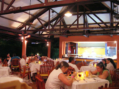 Restaurante Cayuco, Hotel Royal Decameron Resort Panamá, round the world, La vuelta al mundo de Asun y Ricardo, mundoporlibre.com