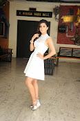Isha Talwar Glamorous photos-thumbnail-4