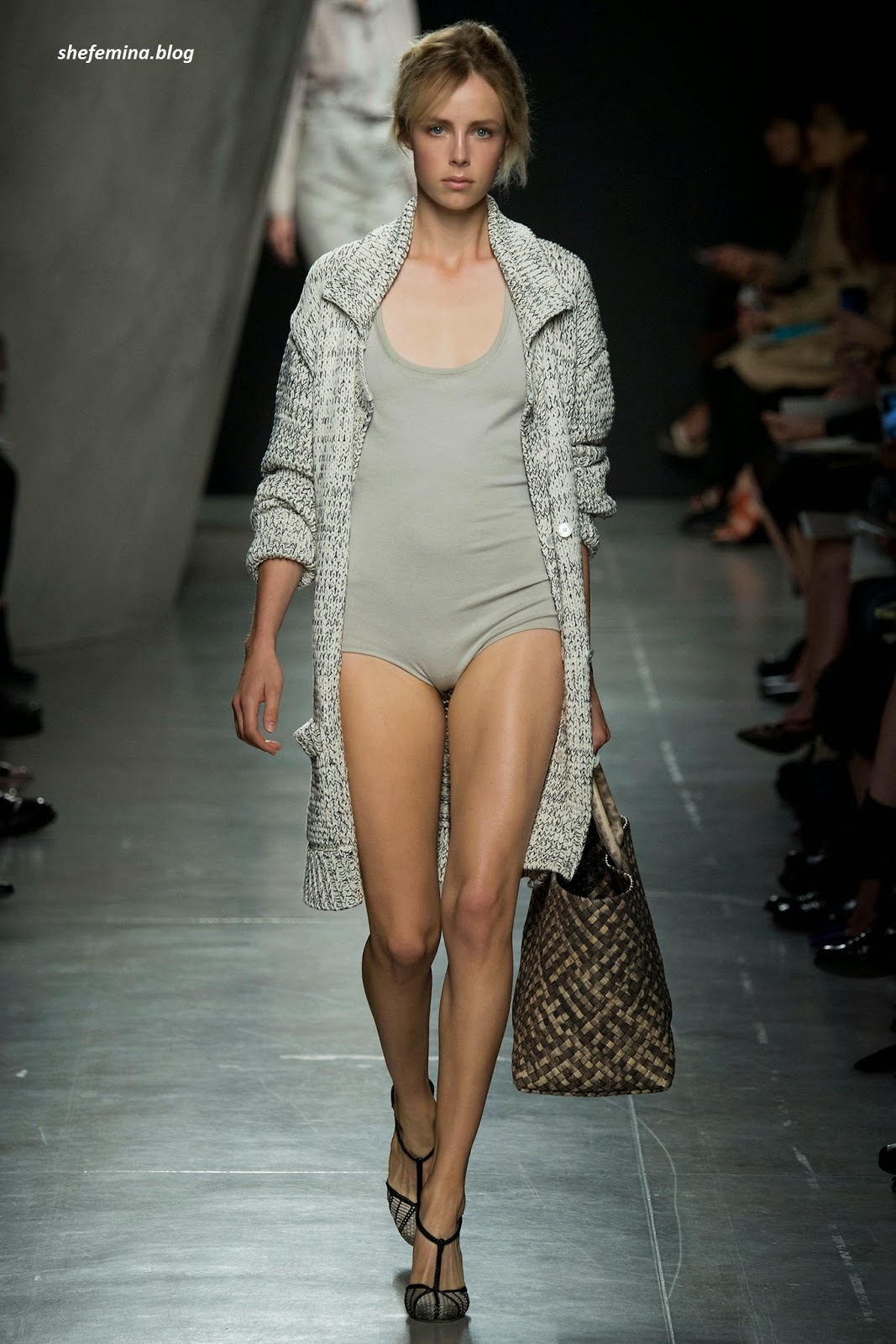 0f9ca81c551 Bottega Veneta collection was kept dancing today is a man of his show in  June.
