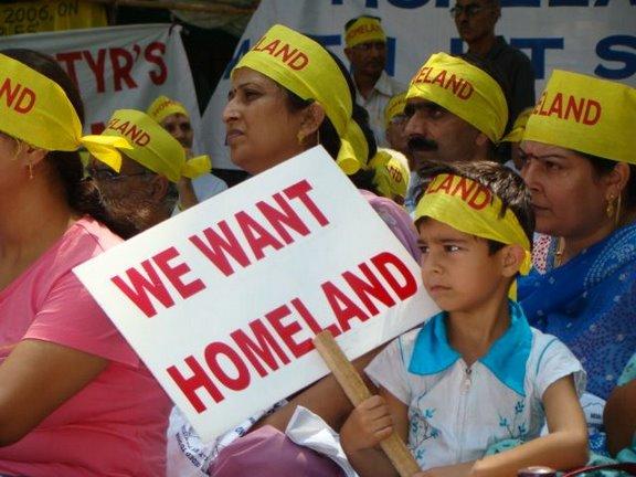 Image result for Kashmiri pandit fleeing kashmir images pictures