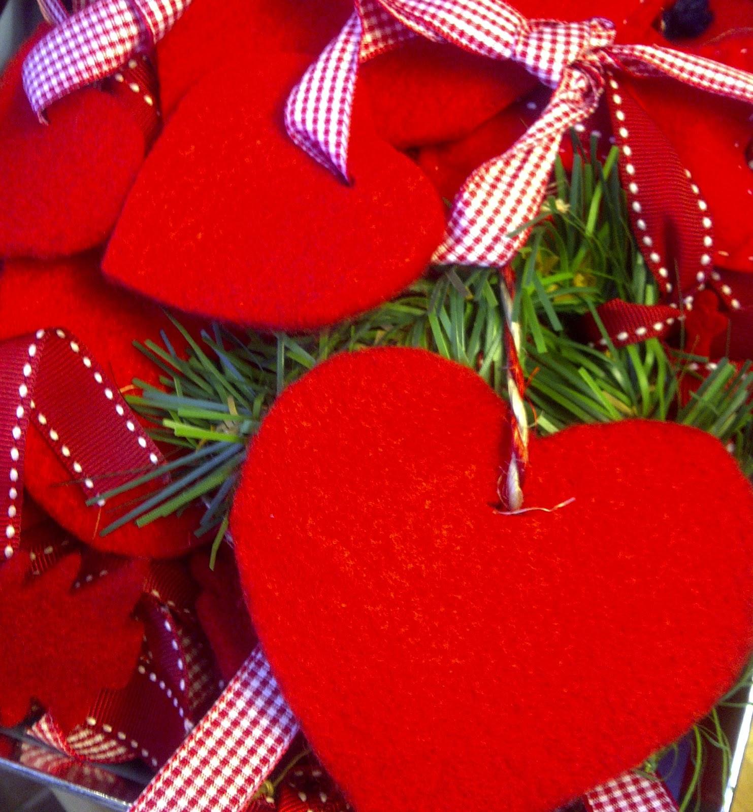 Y tan flamenca c mo hacer tus adornos de navidad how for Como hacer adornos navidenos en casa