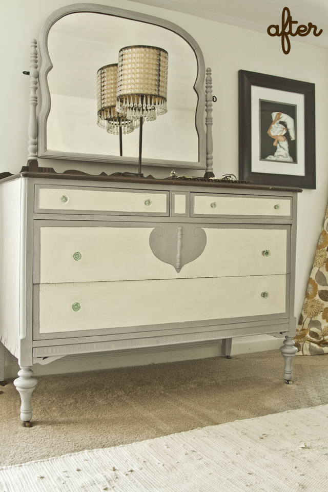 Black and white and loved all over stuff i made painted for Black chalk paint dresser