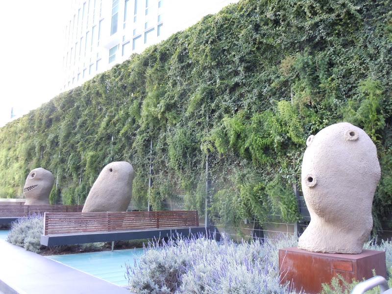 Moonrise sculptures Ugo Rondinone