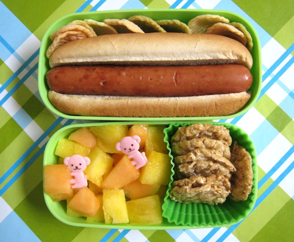 what 39 s for lunch at our house hot dog bento for faith. Black Bedroom Furniture Sets. Home Design Ideas