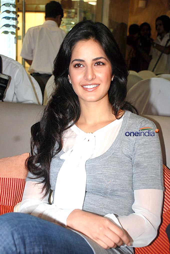 BOLLYWOOD HOT 10: Bollywood Paradise Katrina Kaif Pics Heap