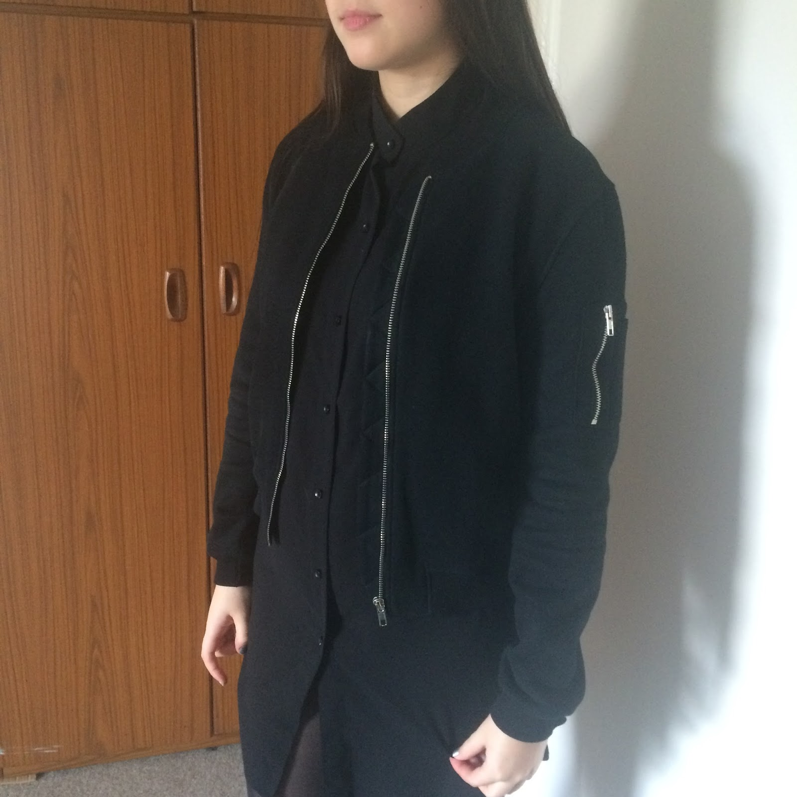 Missguided black cropped bomber jacket, shirt dress, fashion blogger, high street