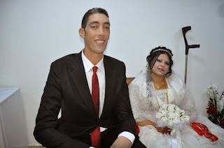 World's tallest man gets married in Turkey