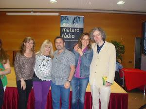 Recital con entrega de libro en Mataró Radio