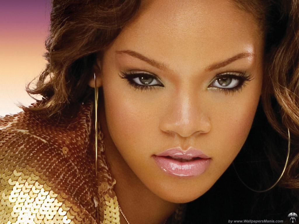 http://3.bp.blogspot.com/-c74JwLsXpyY/TnSa9wmtTZI/AAAAAAAAJOs/sb4vMamKY6g/s1600/Rihanna-09.jpg
