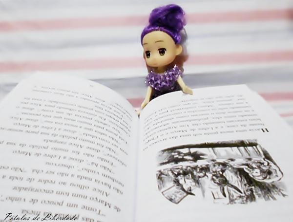 Alice no País das Maravilhas Lewis Carroll