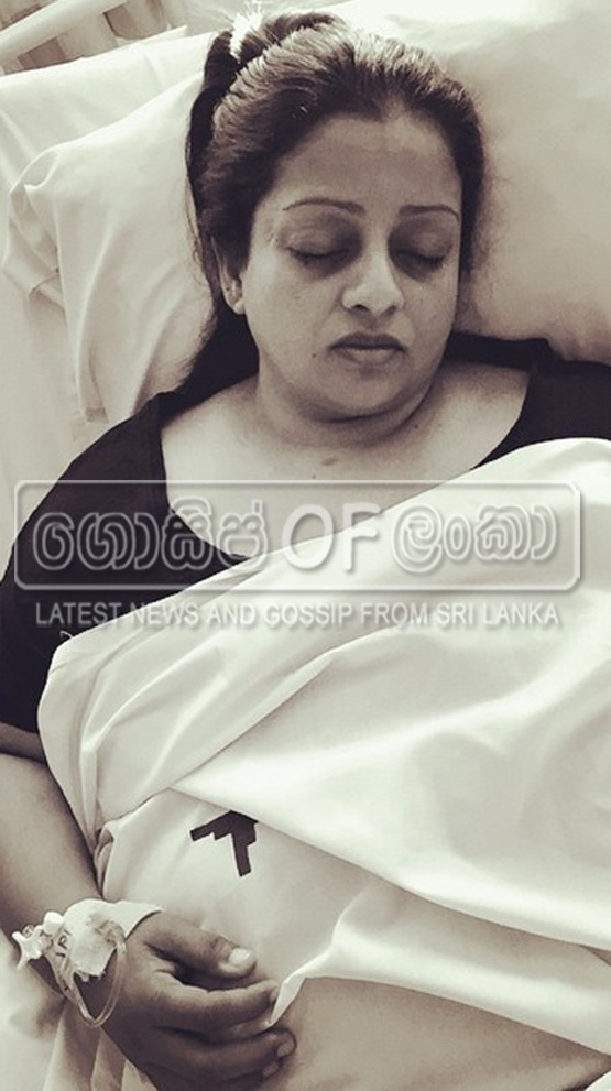 Samitha Mudunkotuwa Admitted to Hospital