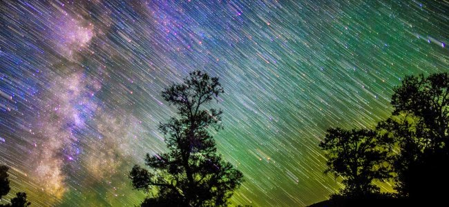 7 Years Of Meteor Showers In One Breathtaking Timelapse.