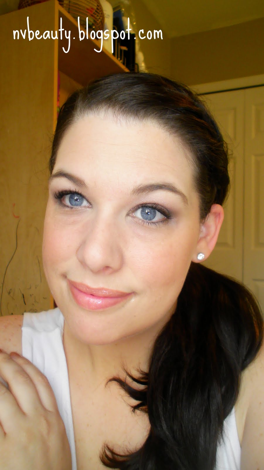Nvious Beauty Revlon Beyond Natural Lashes In Flirty
