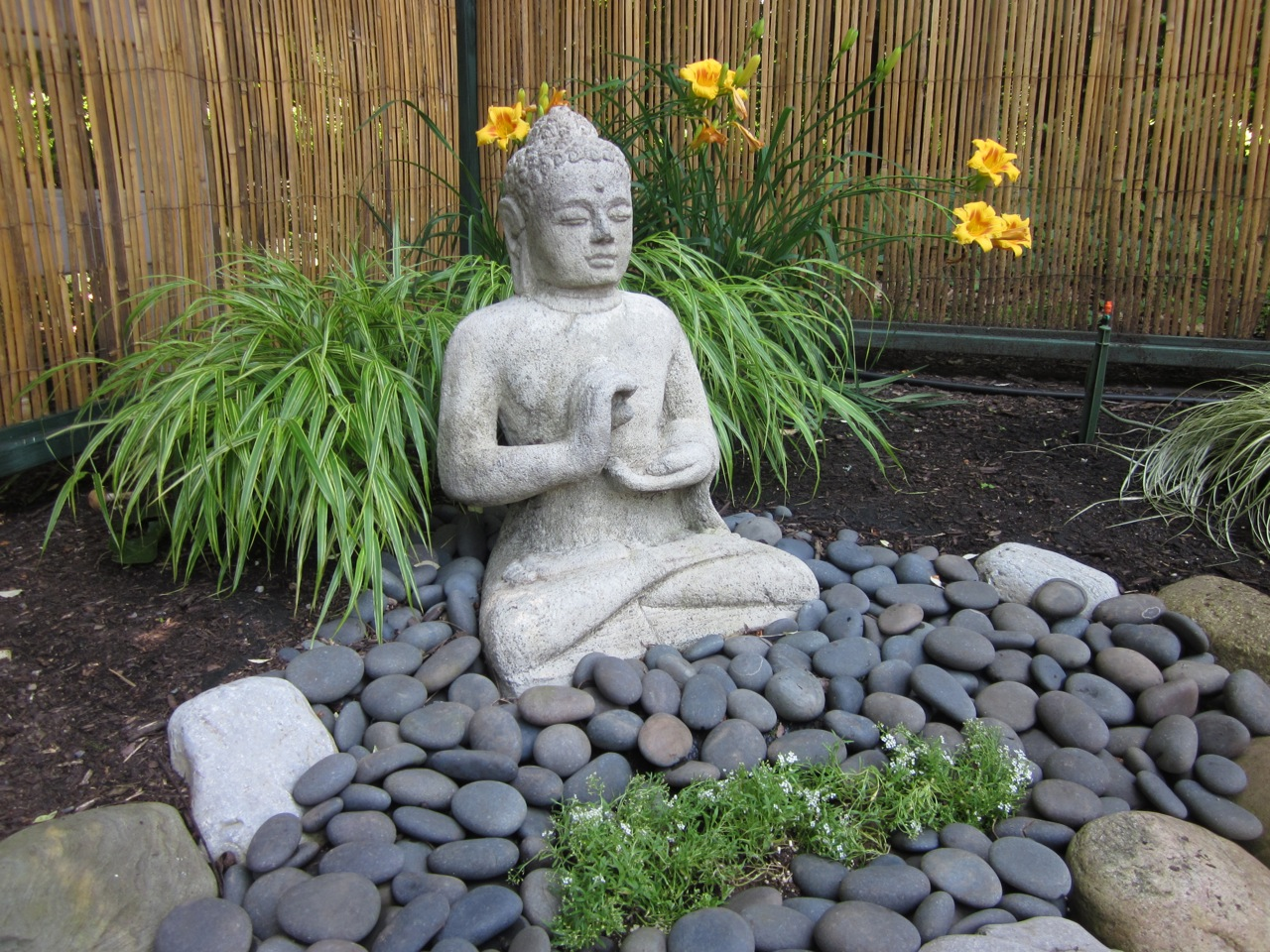 my zen garden: garden features