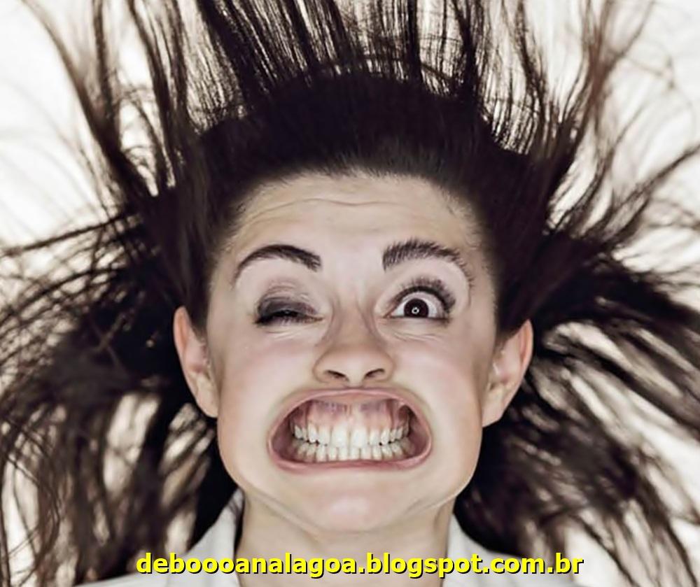 Chorei de tanto rir kkkkkkk...Relato da primeira depilação com cera quente!