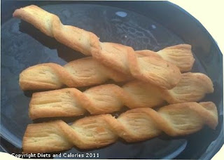 Diets and Calories: All Butter Onion and Chive Twists - Waitrose