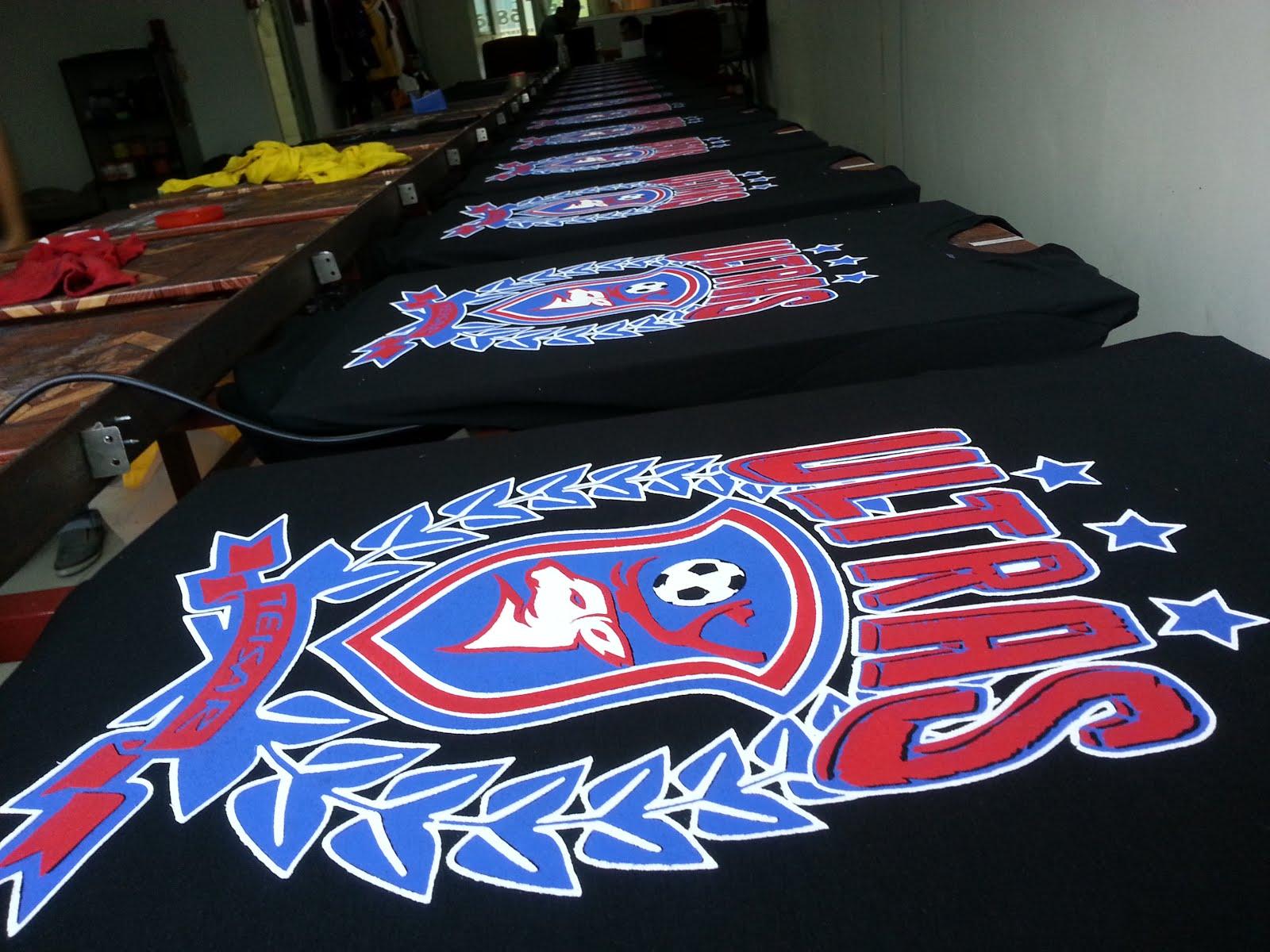 T-shirt penyokong bola sepak Pantai Besar
