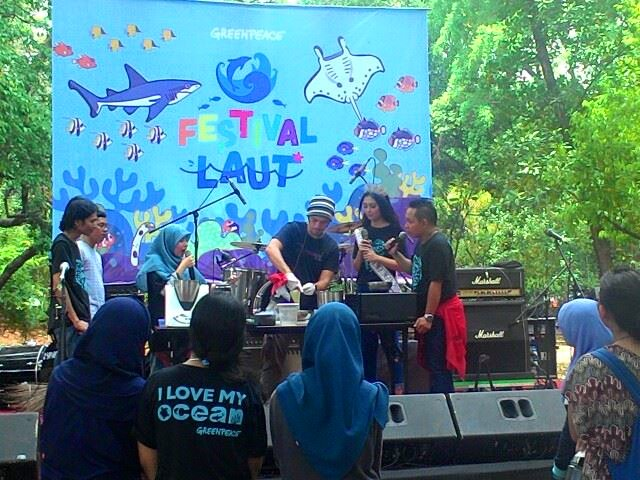 Merayakan Kekayaan Lautan Indonesia Sembari Kampanye Lingkungan di Festival Laut