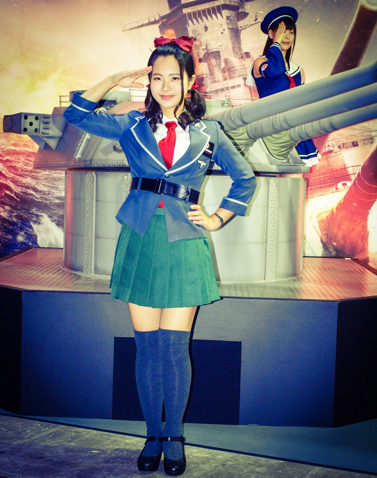 World of Tanks booth girl