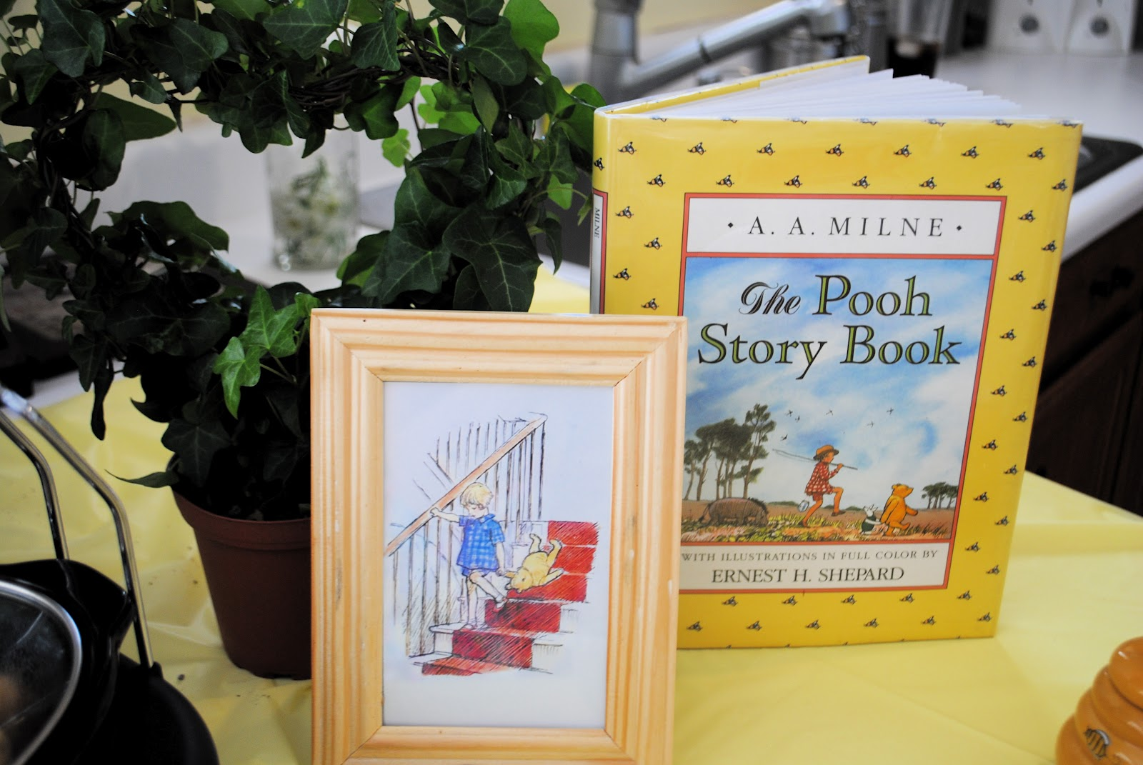 craft envy classic winnie the pooh baby shower
