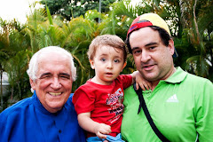 Su abuelo, Nicolás Ignacio y su padre en el Parque Caballito