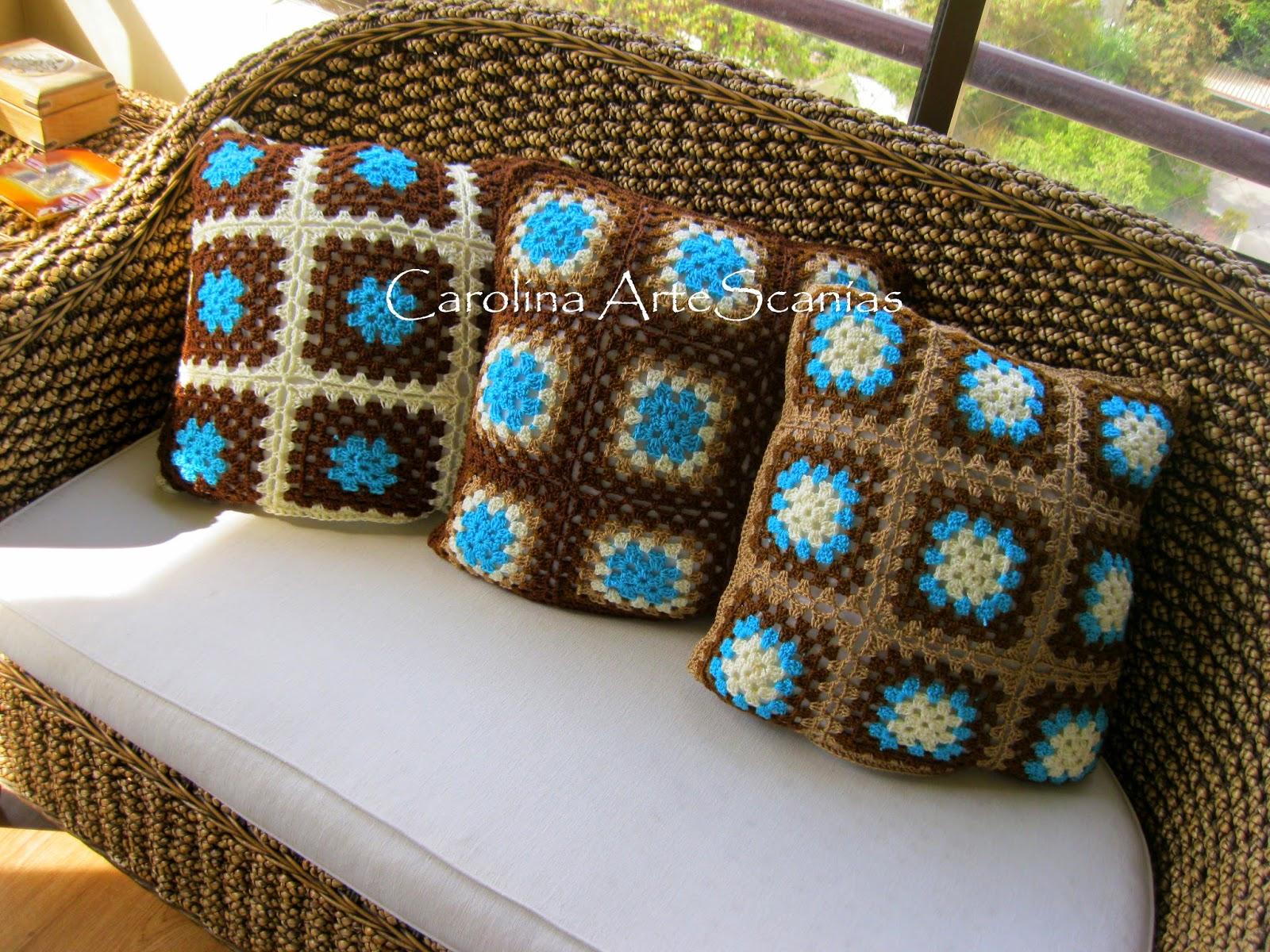 Vitrina de carolina artesan as la tienda 233 cojines crochet grannys magdalena - Cojines de lana ...