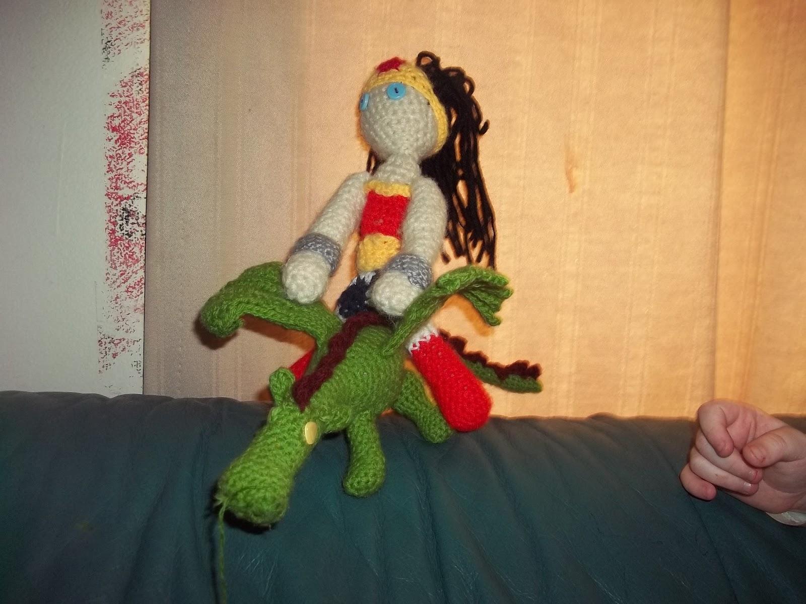 Amigurumi Wonder Woman : Mostly Crochet: Wonder woman and dragons and amigurumi oh my!