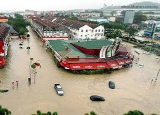 Banjir Di Terengganu Dan Kelantan Semakin Buruk