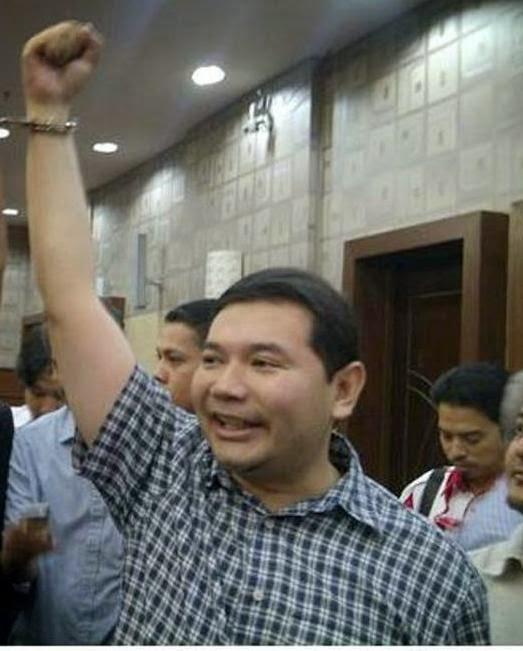 HASUTAN Rafizi Meroyan Ditahan Polis