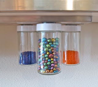 hanging  magnetic bead storage