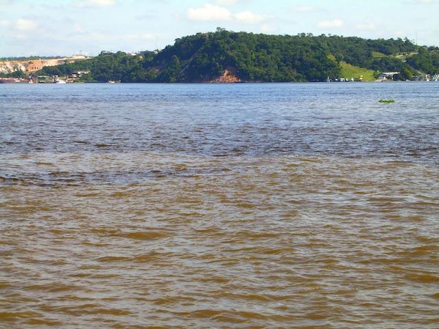 ENCONTRO DAS ÁGUAS DOS RIO NEGRO E SOLIMÃO