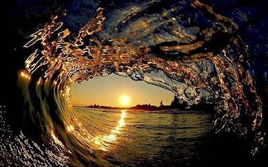 Apus de soare vazut printr-un val