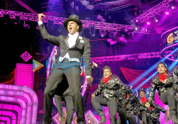 Ranveer, Anil Kapoor & Honey Singh at 4th Gionne Star Global Indian Music Academy Awards