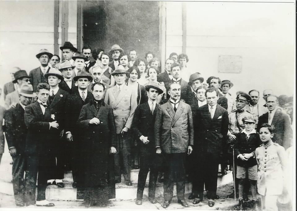 Nesta foto temos varias personalidades Barbacenenses