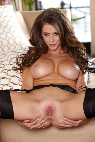 Twistsl1-31 Emily Addison - Under My Skirt 03060