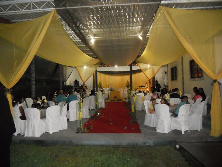 Salão Decorado em Amarelo x Marron