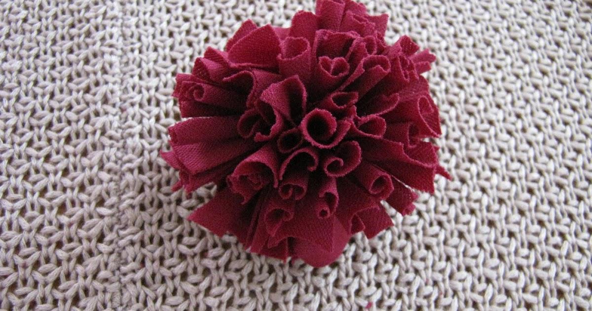 Crochet Flowers Tutorial By Carmen Heffernan : Diva Tube: Jersey Knit Carnation flower Tutorial