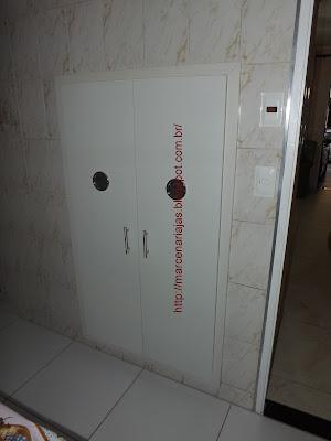porta com ventilação
