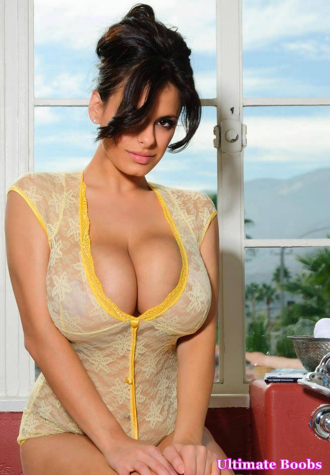 Sexiest boobs in the world picture 92