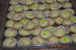 Blueberry/kiwi/strawberry Cheese Tart  RM35 50pcs (S) RM 45 (M)