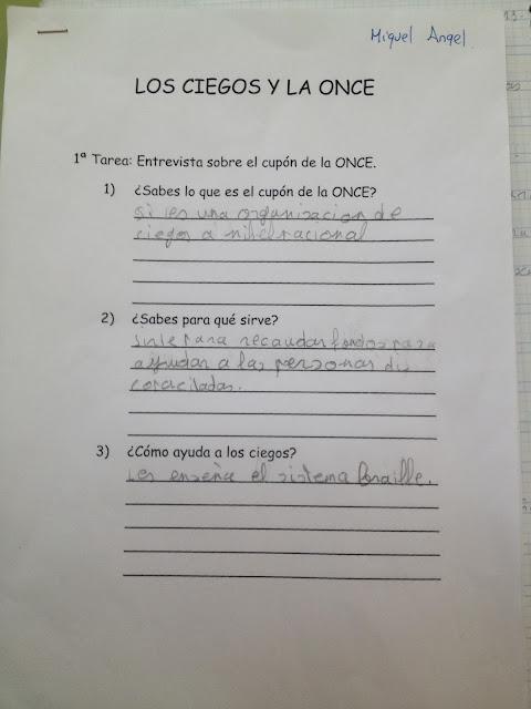 La imagen muestra tres preguntas relacionadas con el cupón y sus respuestas a mano
