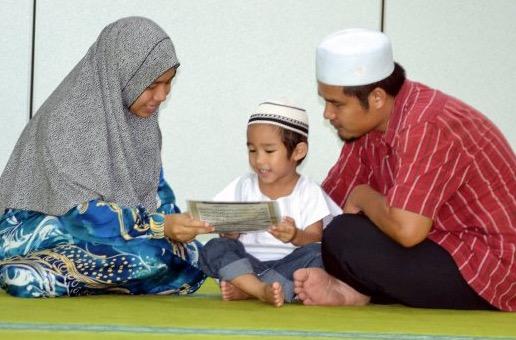 Budak 3 tahun hafaz 23 surah al-Quran