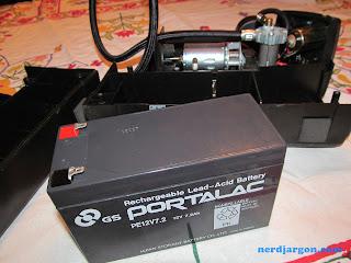 Campbell Hausfeld Tire Inflator - Portalac Lead Acid Battery
