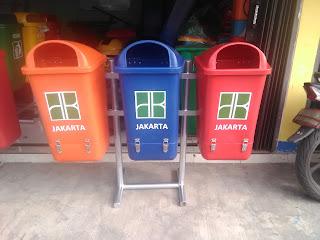 tong sampah bahan hdpe pilah 3