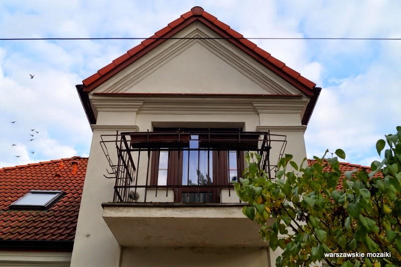 willa balkon Warszawa Grochów Gocław Praga Południe dworek osiedle dworkowe kolonia lata 20 PPS Kazimierz Pużak kontrasty warszawskie