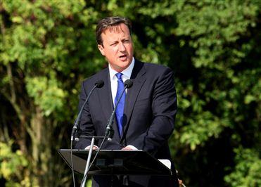FORÇAS INTERNACIONAIS FICAM NA LÍBIA ATÉ TERMINAREM O TRABALHO - PM britânico